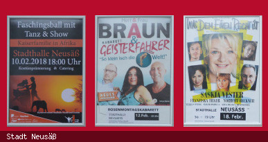 Plakatwand beim Kartenvorverkauf Stadthalle Neusäß. Foto: Stadt Neusäß