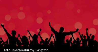 Feiernde Menge. Foto: fotolia.com, Kirsty Pargeter