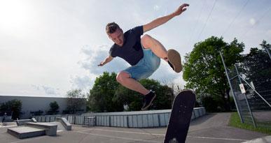 Ein Skater auf der Anlage der Oskar-von-Miller-Straße. Foto: Ulrike Klumpp
