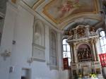Blick in den Chorraum der Pfarrkirche Mariä Himmelfahrt in Täfertingen.