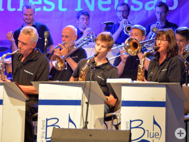 Auftritt der Big Band Blue Notes. Foto: Kerstin Weidner