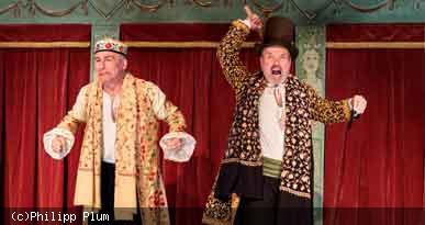 Szenenfoto aus dem Theaterstück Die Streiche des Scapin. Foto: Philipp Plum